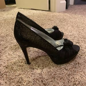 Beautiful glittery black stilettos heels size 8.5